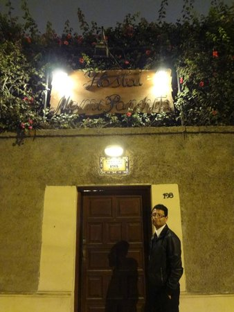 Mami Panchita: Entrance