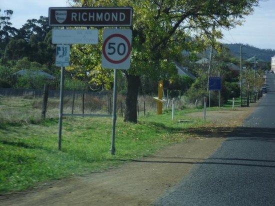 Richmond Bridge : Richmond, here we come!