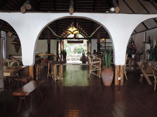 Karama Lodge & Spa : Зона отдыха . Справа бар
