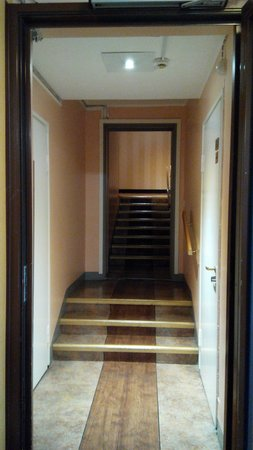 Arthur Hotel: Staircase was present on each floor