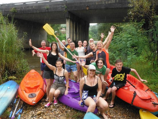 Thailand Attraction Tour : White water canoeing