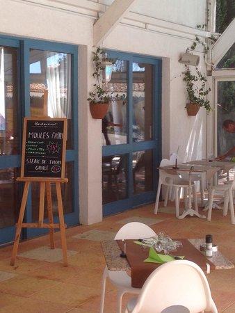 Alba-Flora Hotel Restaurant