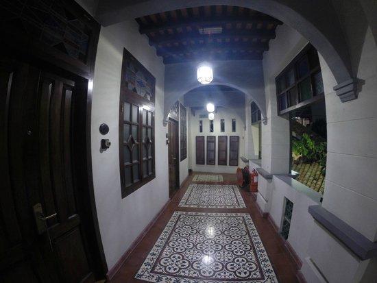 Hotel Penaga: Upstairs the corridor