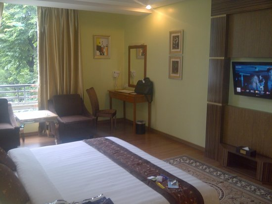 BEST WESTERN Green Hill Hotel : Hotel room