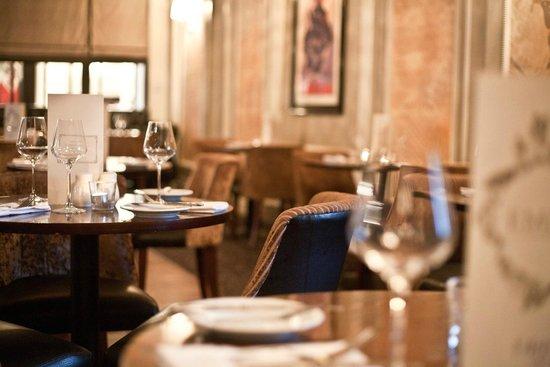 Empire Restaurant - Royal Station Hotel
