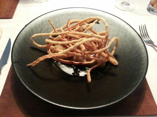 El Ermitaño: Raviolis de pasta fresca, pollo de corral y verduras