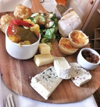The Granary at Fawsley: Fathers day afternoon tea - breads, cheese, pickle