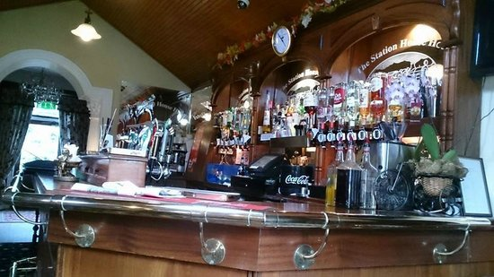 The Station House Hotel: the bar