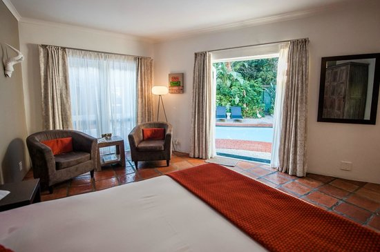 Ballinderry, The Robertson Guest House: Deluxe pool room