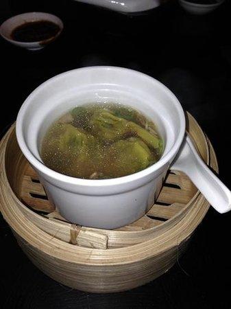 Ping Pong Soho: wanton soup