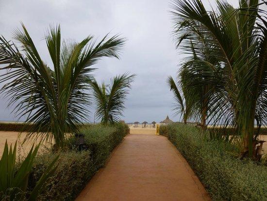 Hotel Riu Touareg : Vers la plage
