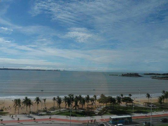 Ibis Vitoria Camburi : Vista do apto no oitavo andar do hotel