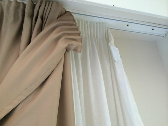 Paradise Park Fun Lifestyle Hotel: curtains