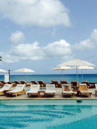 Sandals Regency La Toc Golf Resort and Spa : Not a postcard! :) View from main pool area