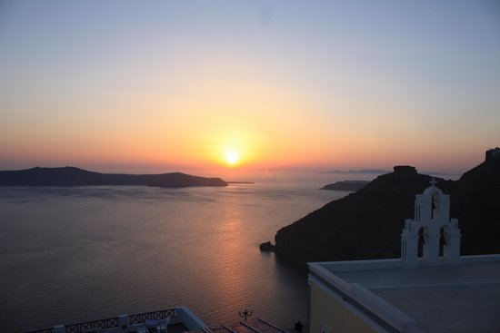 Gaby Apartments : coucher de soleil depuis la terrasse