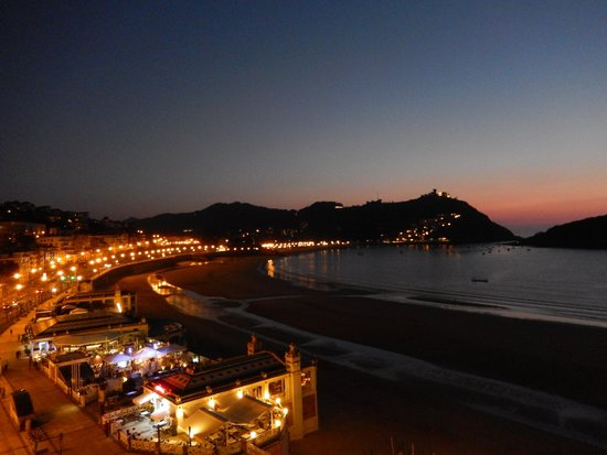 Hotel Niza : stunning town view