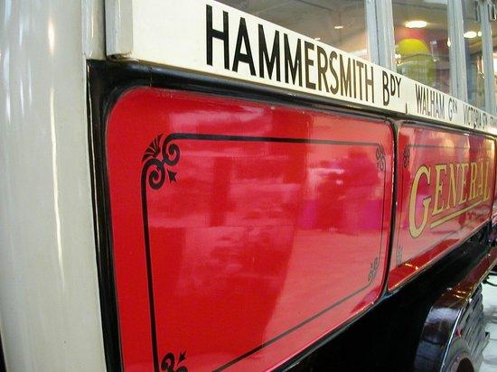 London Transport Museum : LTM