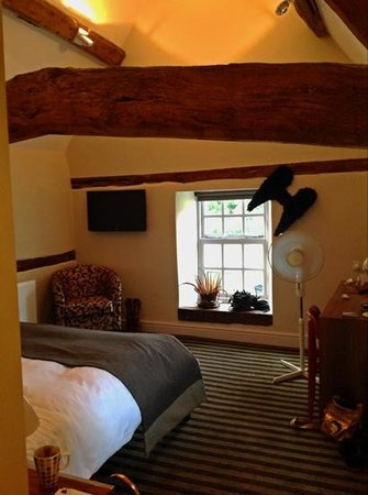 The Blue Boar Hotel: our beautiful beamy room