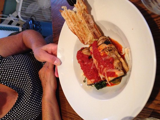 Olde Post Office Cafe: Dinner eggplant rollatini