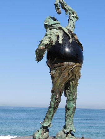 Old Vallarta: statue