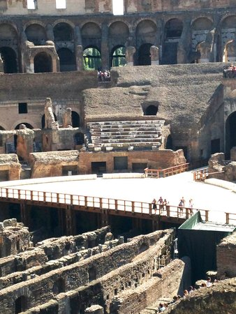 City Wonders: Colosseum aka Flavin Theater