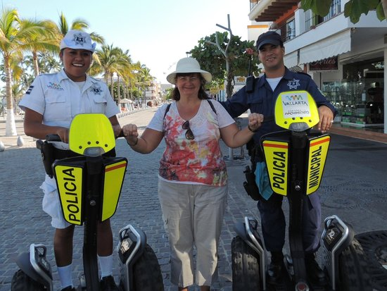 Old Vallarta: got stopped by the police LOL