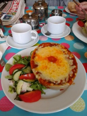 Portsmouth Museum: Lasagne at Kims Cafe