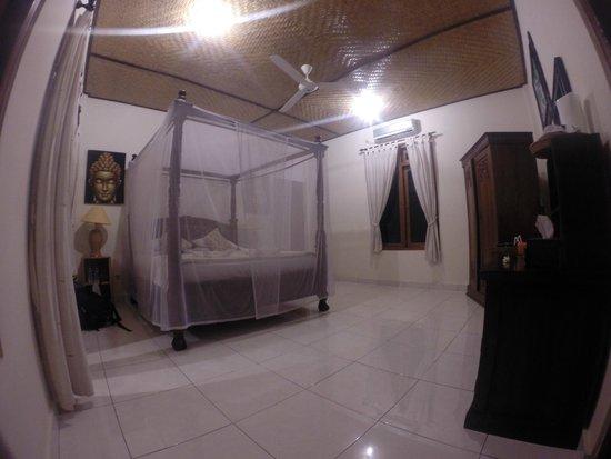 Suma Hotel Lovina Beach: Room deluxe
