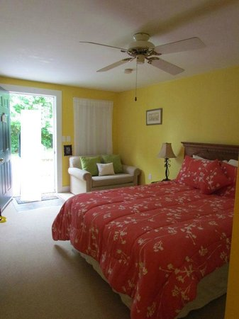 Coach Stop Inn Bed and Breakfast : chambre vue interieur