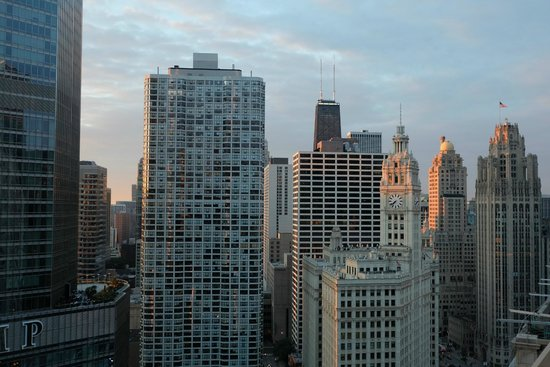 Wyndham Grand Chicago Riverfront: View from our room - 36 floor