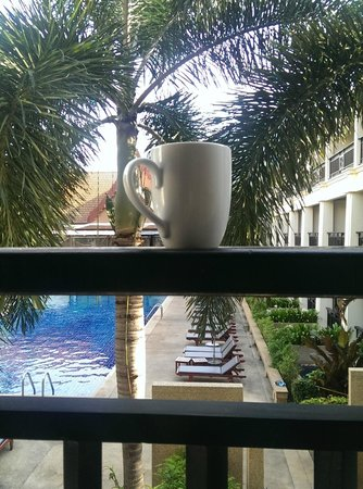 Deevana Patong Resort & Spa: Morning coffee from the balcony