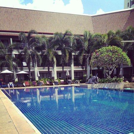 Deevana Patong Resort & Spa : Pool