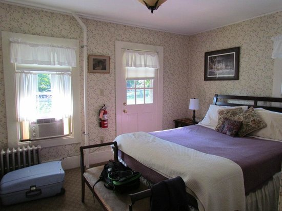 Spruce Moose Lodge and Cottages: chambre