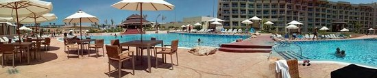 Hotel Meliá Marina Varadero: Vista panorámica de la piscina