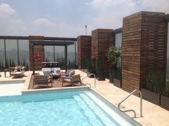 Hilton Mexico City Santa Fe: Piscina