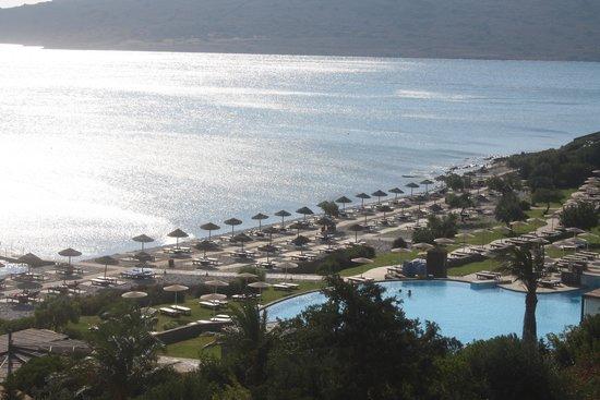 Blue Palace, a Luxury Collection Resort & Spa, Crete: VUE DE LA CHAMBRE