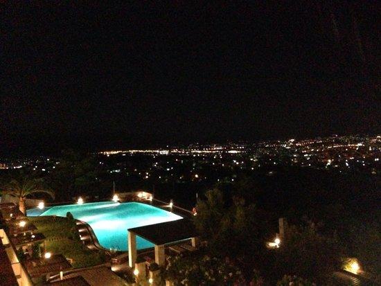 Royal Sun Hotel: Piscina di notte