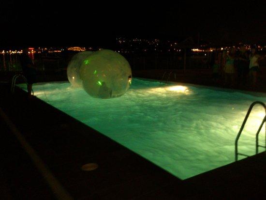 Intertur Hotel Hawaii Mallorca & Suites: airballs for kids