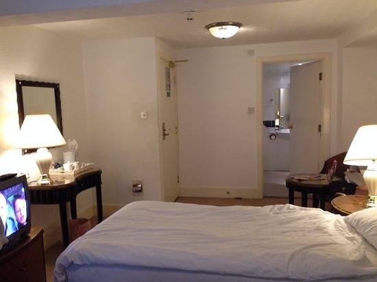 Grand Metropole Hotel: Superior twin room 105
