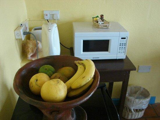 La Haut Resort : Obstteller im Zimmer