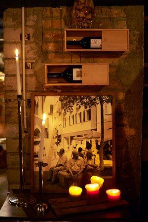 Continental-Park Hotel: bellini cantina - Wine cellar