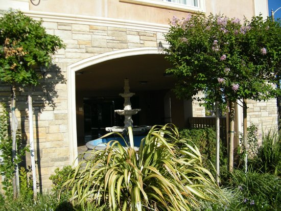 La Quinta Inn & Suites Moreno Valley: exterior