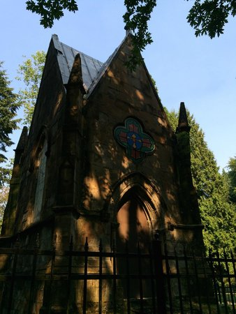 Lone Fir Pioneer Cemetery: The Kerr crypt is of the Gothic style.