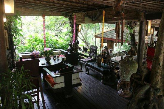 Sukantara Cascade Resort & Spa : Relaxing restaurant