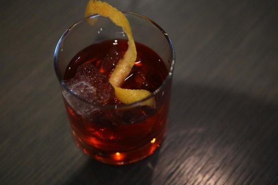 Filini : GAMBERONI  Negroni, oak barrel aged cocktail
