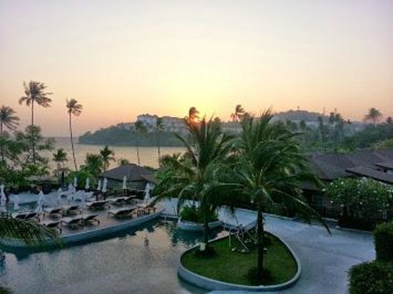 Pullman Phuket Panwa Beach Resort: Another view from our balconu