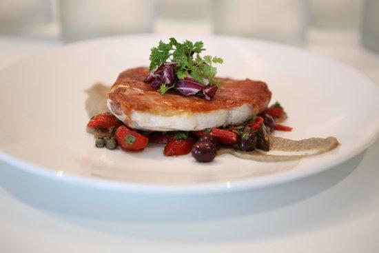 Filini : PESCE SPADA prosciutto-sage crusted swordfish, eggplant purée, puttanesca