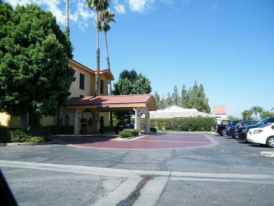 La Quinta Inn San Bernardino: exterior
