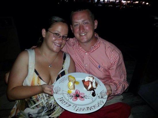 Secrets Capri Riviera Cancún: Romantic beach dinner