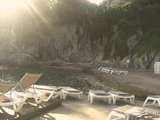 Hotel Le Provencal : plage privée
